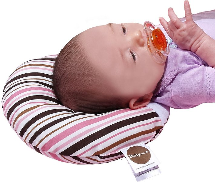 """Babymoon Pillow Provides Relief for """"Flat Head"""" 