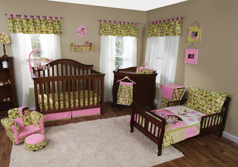 Crib Bedding Offers Hard Choices For