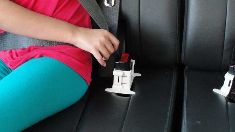 MyBuckleMate Keeps Car Seat Belts Handy