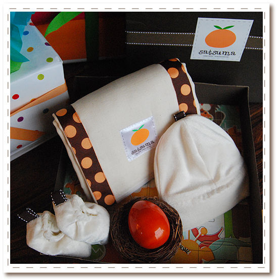 Bam! Bam! Satsuma Bento Gift Box set - cotton burp cloth, bamboo hat, bambooties (bamboo baby shoe), natural wooden rattle