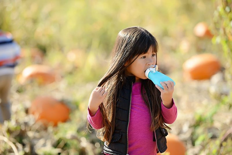 The Sili Squeeze™ is the original reusable squeeze pouch with both a spill-proof and free-flowing spout.
