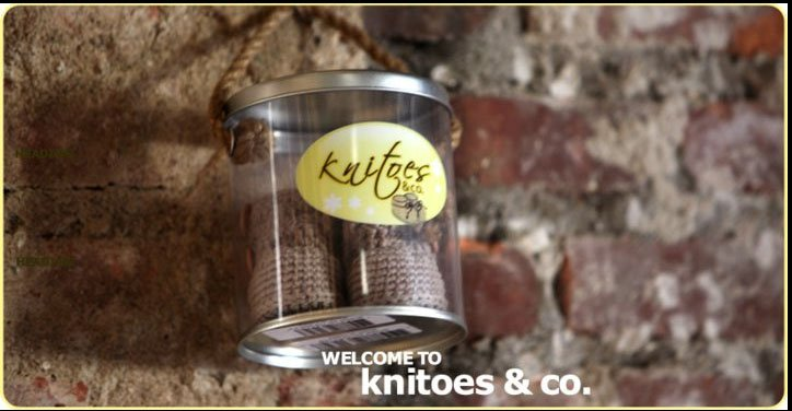 Knitoes & Co