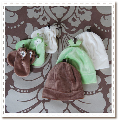 Top to Tootsies Organic Bamboo Gift Set - Bambooties and Bambeanies from Satsuma Designs