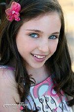 Disney's Ryan Newman is wearing our Jillian clip in Shocking Pink