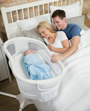 NEW HALO™ Bassinest™ Swivel Sleeper - Essentia Series - Honeycomb